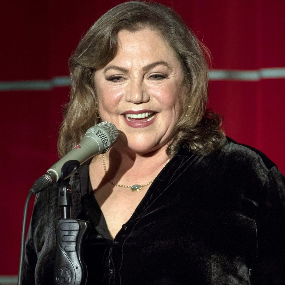 GettyImages 878005718 2 e1602069990417 20 Things You Probably Didn't Know About Kathleen Turner
