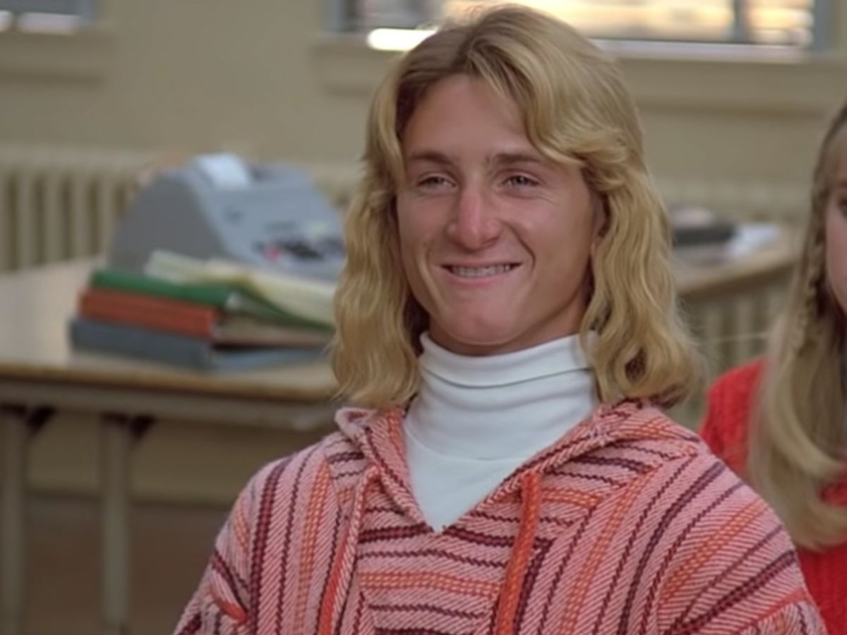 QUWWGCLN2FEJDFWEVU5CRQROFY 25 Facts You Probably Never Knew About Fast Times At Ridgemont High!