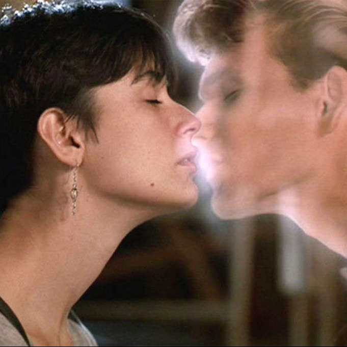 ghost demi moore patrick swayze kiss e1602158694921 20 Things You Probably Didn't Know About Kathleen Turner