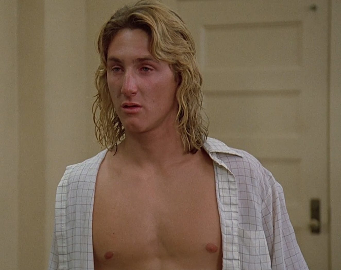 sean penn fast times at ridgemont high e1625062360193 25 Facts You Probably Never Knew About Fast Times At Ridgemont High!
