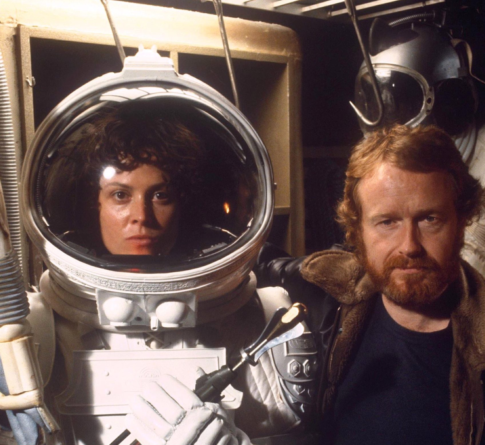 1488894377 ridley scott sigourney weaver alien scaled e1609841734745 20 Things You Probably Didn't Know About Sigourney Weaver