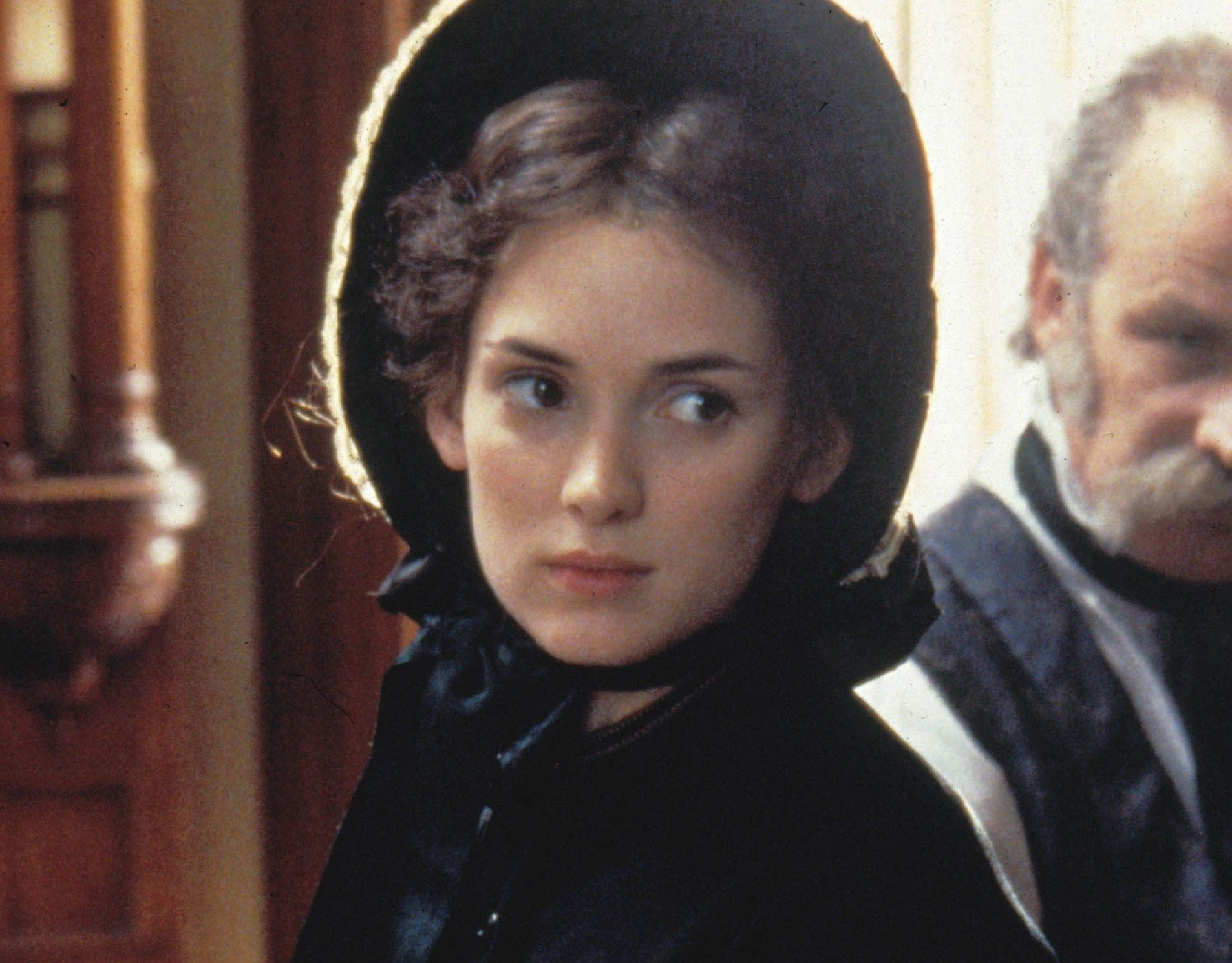 15 2 e1617289671576 20 Interesting Facts About Winona Ryder