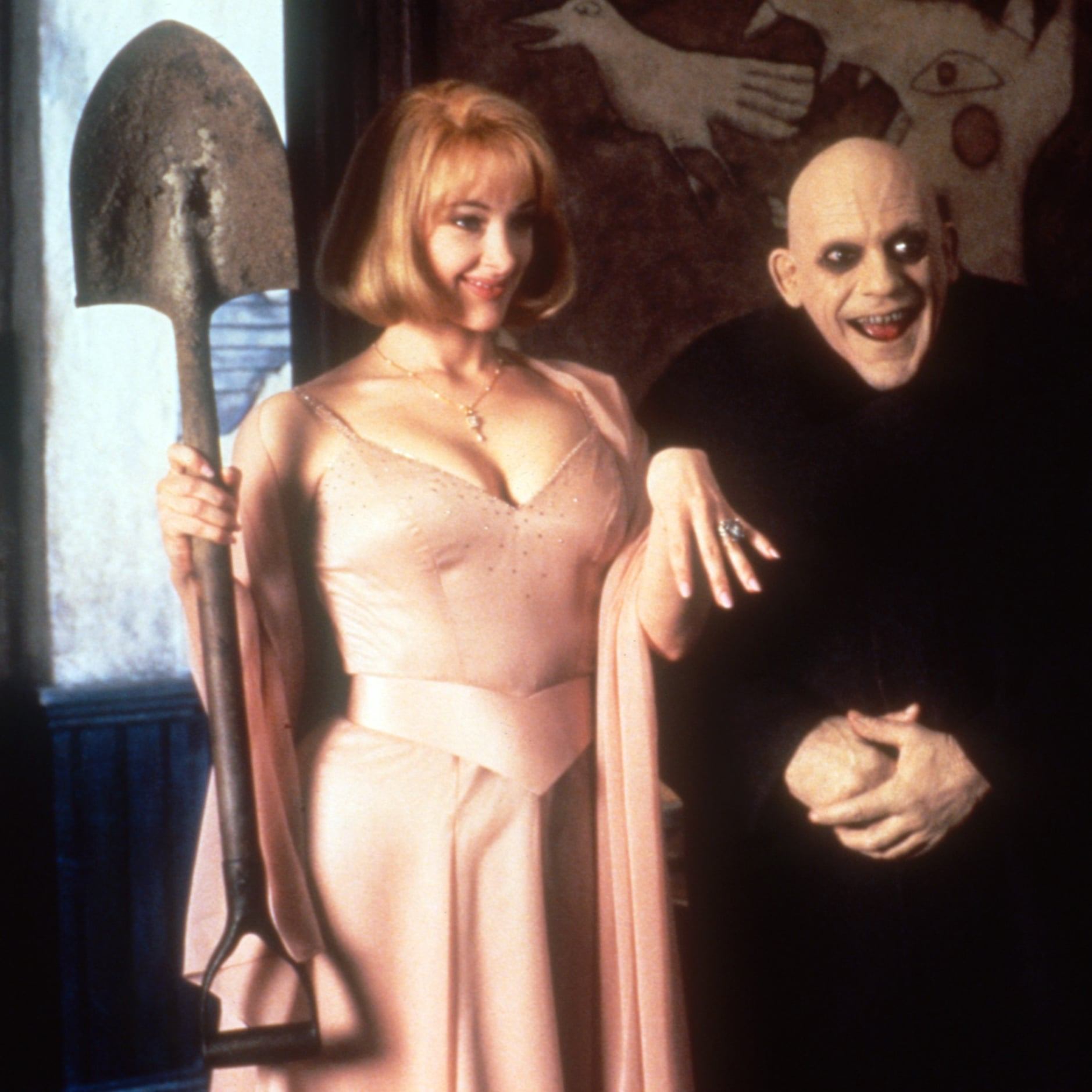 1aagen 30 Creepy and Kooky Facts About Addams Family Values