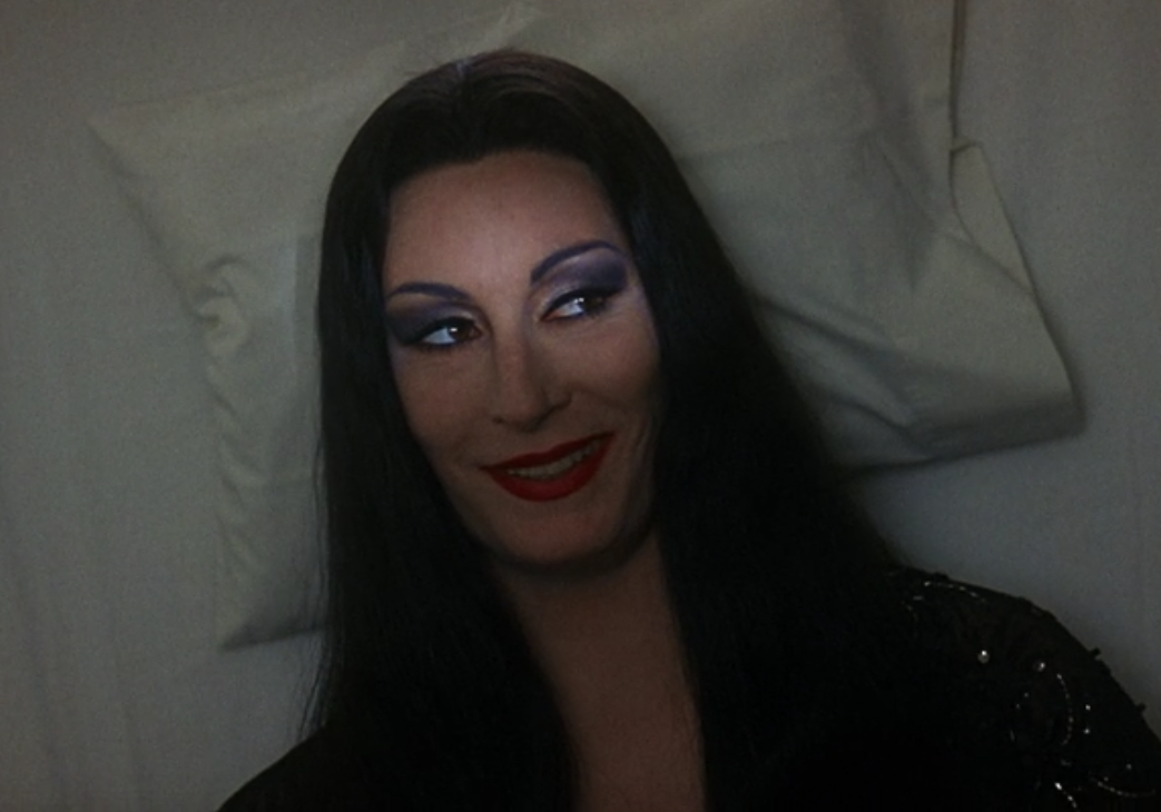 1c e1605002531515 30 Creepy and Kooky Facts About Addams Family Values