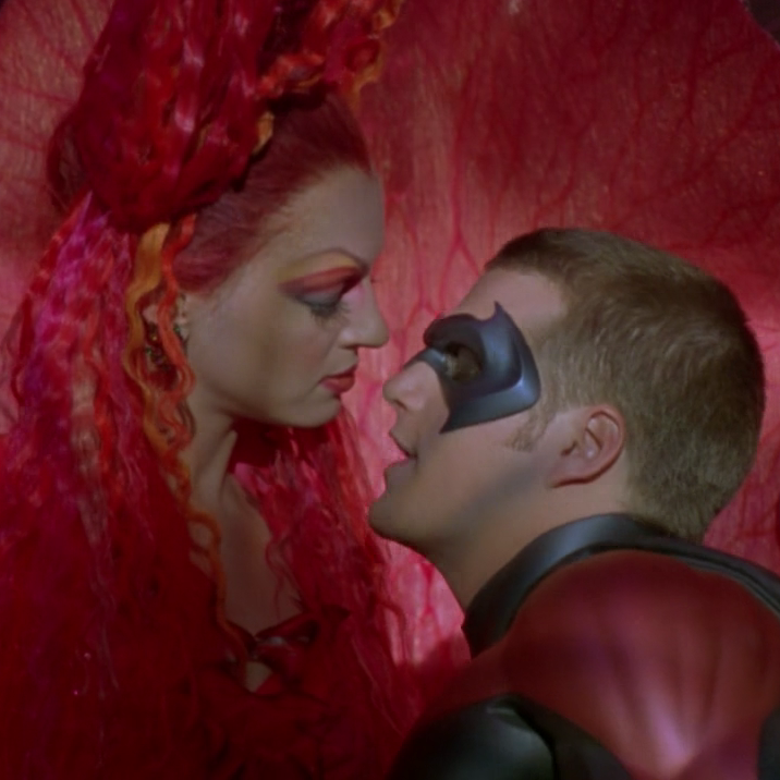 3 2 e1602679776385 20 Things You Might Not Have Realised About The 1997 Film Batman & Robin
