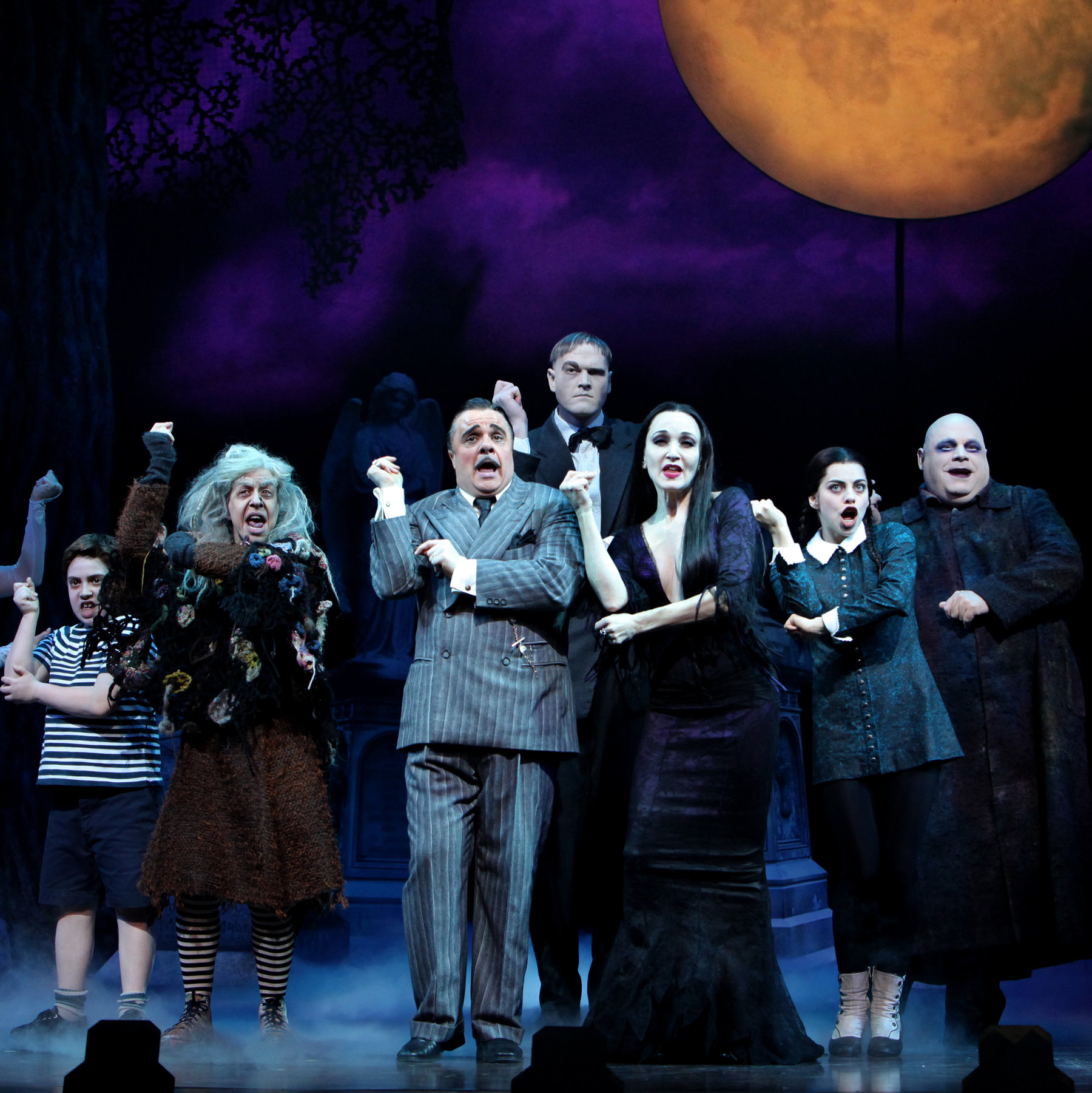 3 AA 30 Creepy and Kooky Facts About Addams Family Values