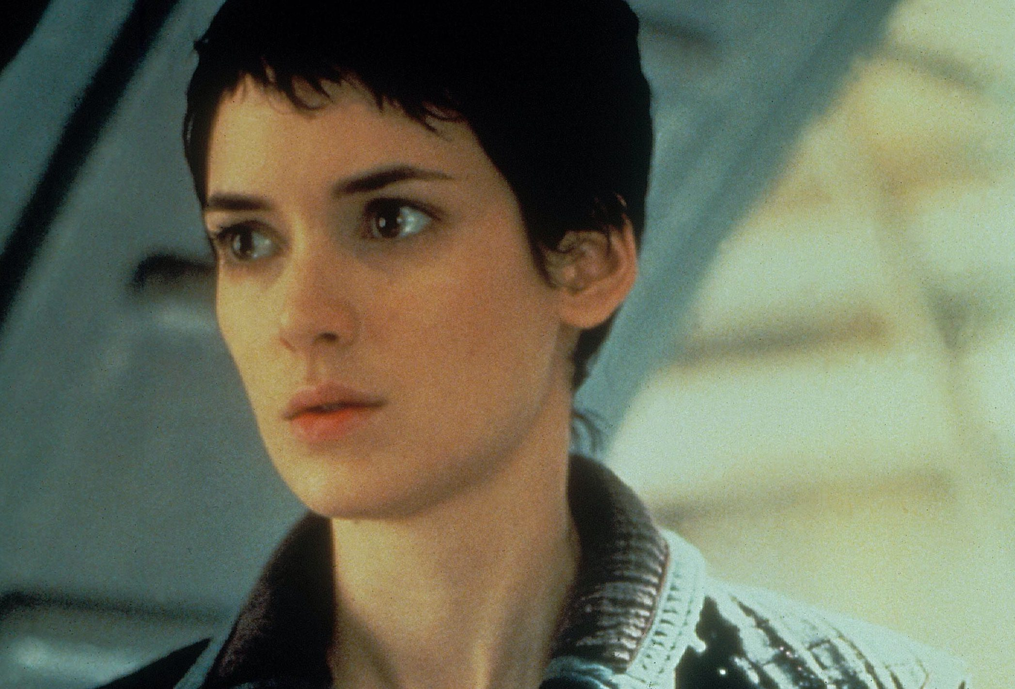 38 3 scaled e1617290089231 20 Interesting Facts About Winona Ryder