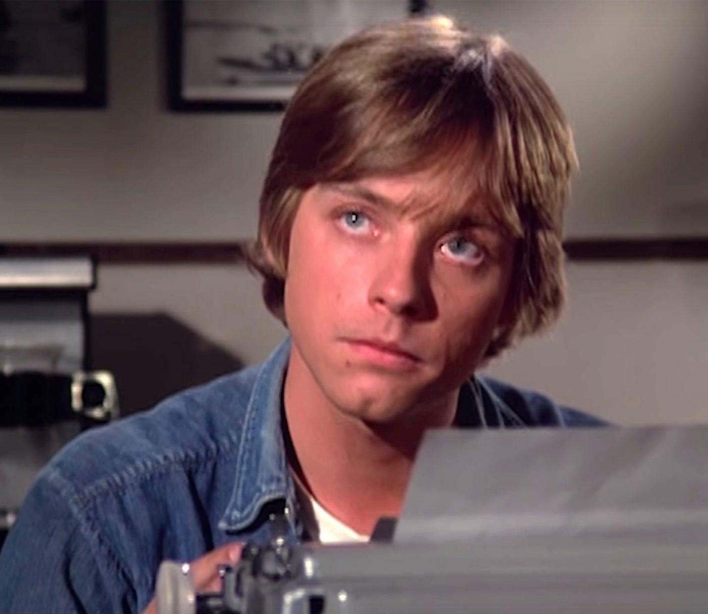 41 e1601539986109 20 Little-Known Facts About The Legendary Mark Hamill