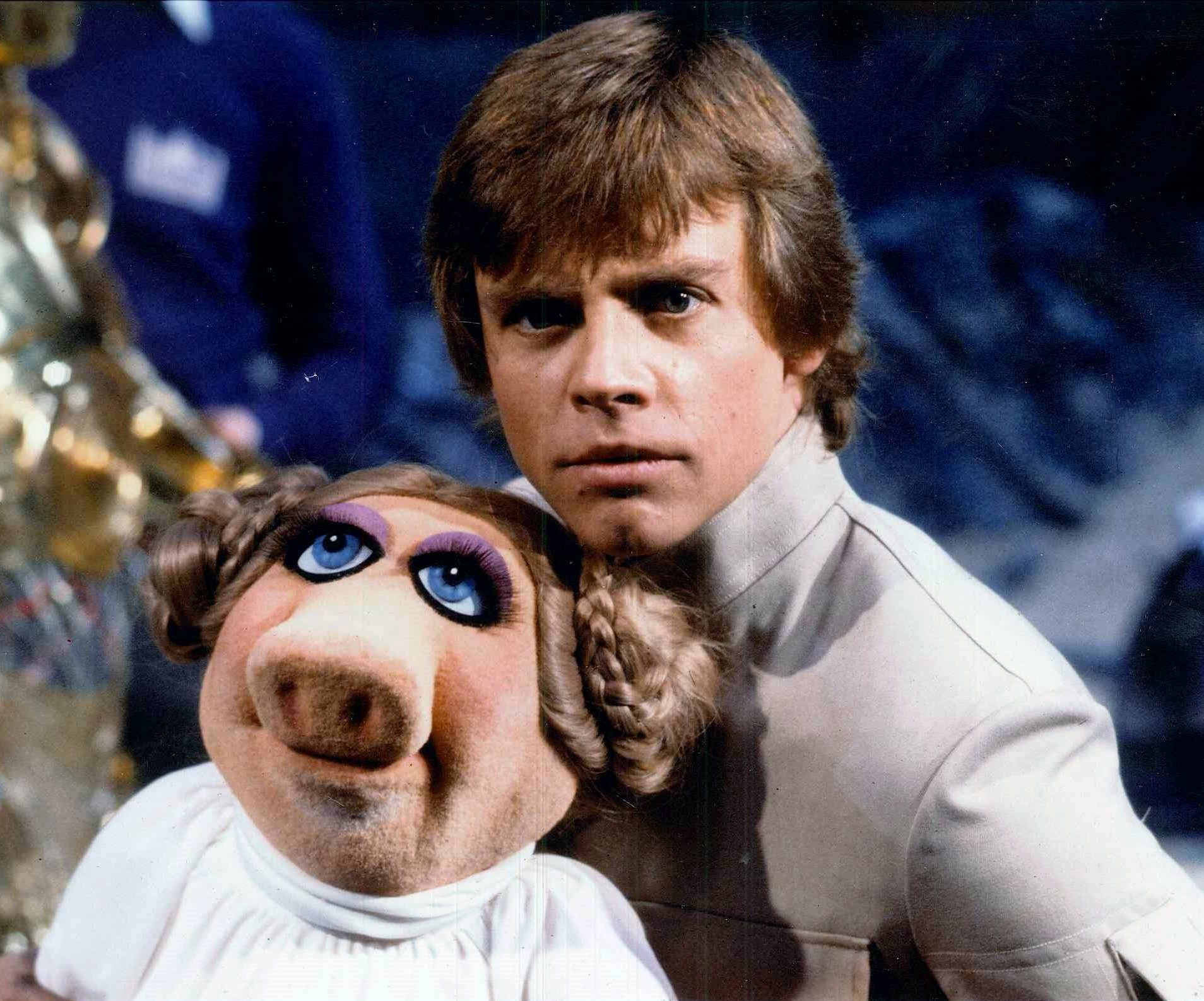 44 e1601540720909 20 Little-Known Facts About The Legendary Mark Hamill