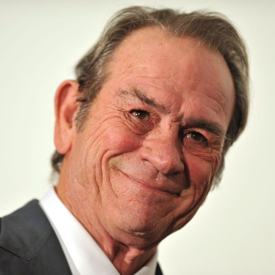 451deb4767446408cdbdf9ab801027cff8 5 jones.2x.h473.w710 e1602151508671 20 Things You Never Knew About Tommy Lee Jones