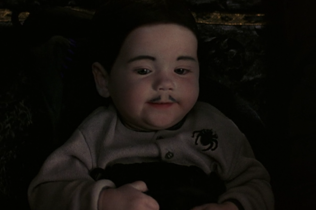 5a e1605002316650 30 Creepy and Kooky Facts About Addams Family Values