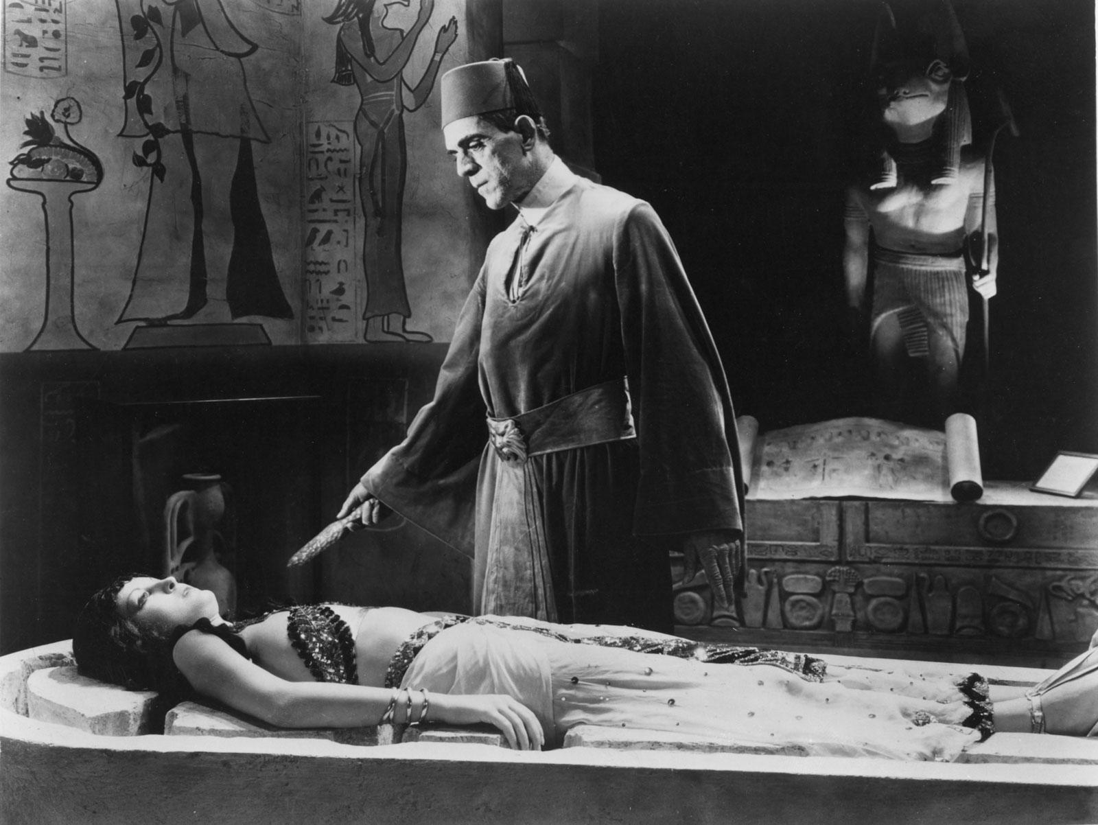 Boris Karloff The Mummy Zita Johann Karl 20 Movie Remakes That Were Nothing Like The Original