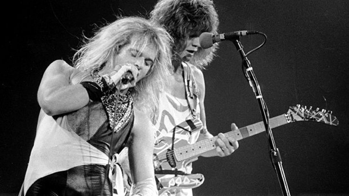 Davidleeroth vanhalen drunk 20 Facts About Rock Legends Van Halen That Will Make You Jump