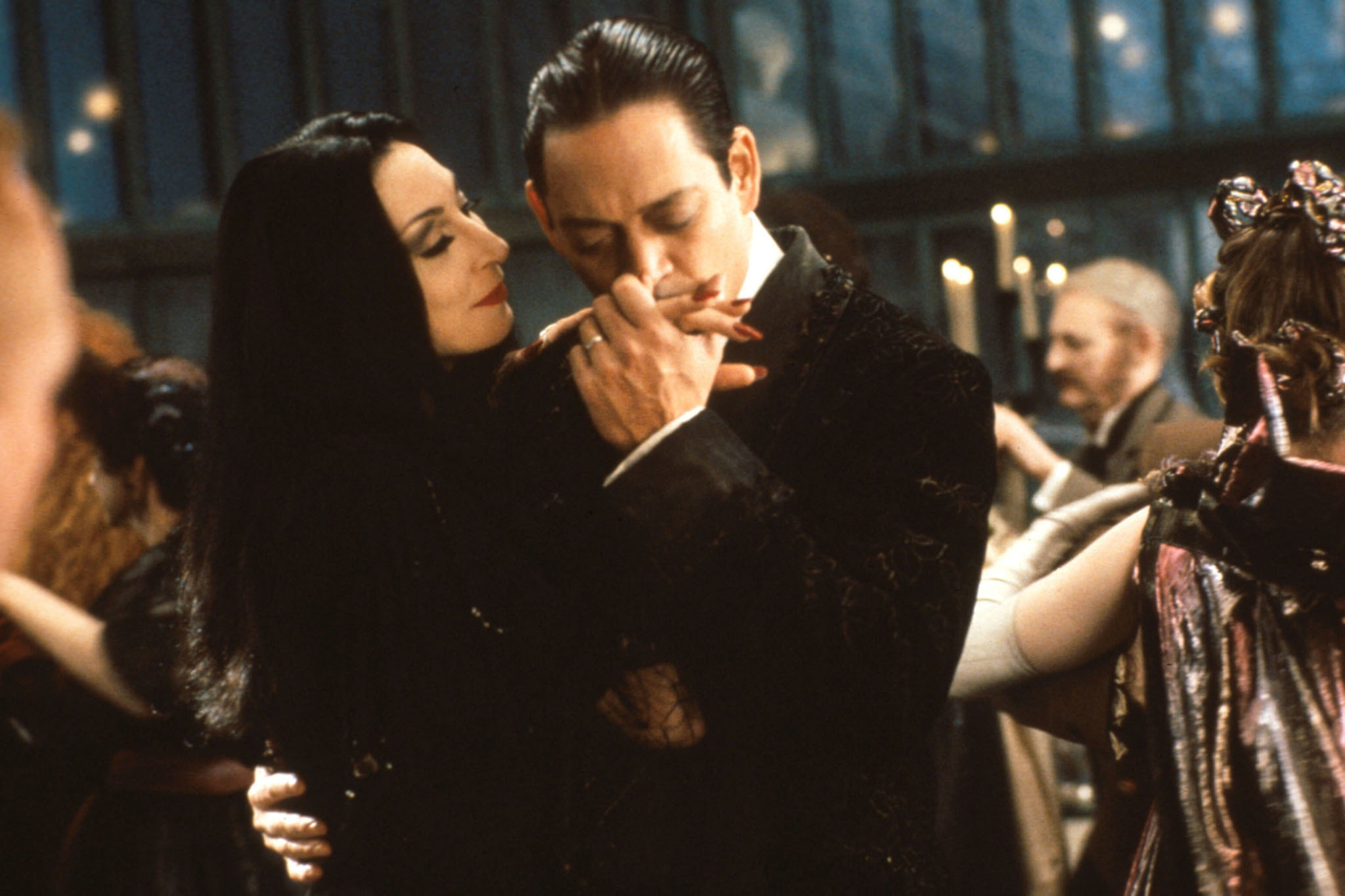 E 1 30 Creepy and Kooky Facts About Addams Family Values