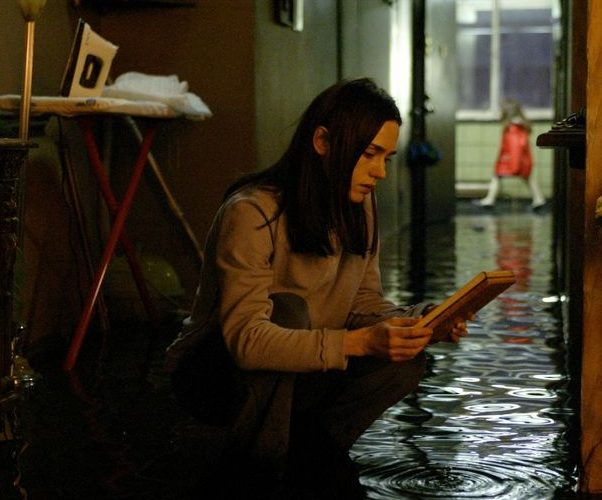 EB20050707REVIEWS50607003AR e1605696516980 10 Remakes Of Foreign-Language Horror Movies That Are Worth A Watch (And 10 That Were Awful)