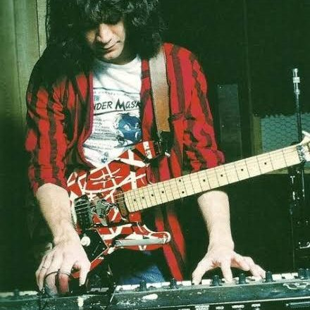 EjtGcGhU8AYSQct e1602251757776 20 Things You Might Not Have Known About The Late, Great Eddie Van Halen