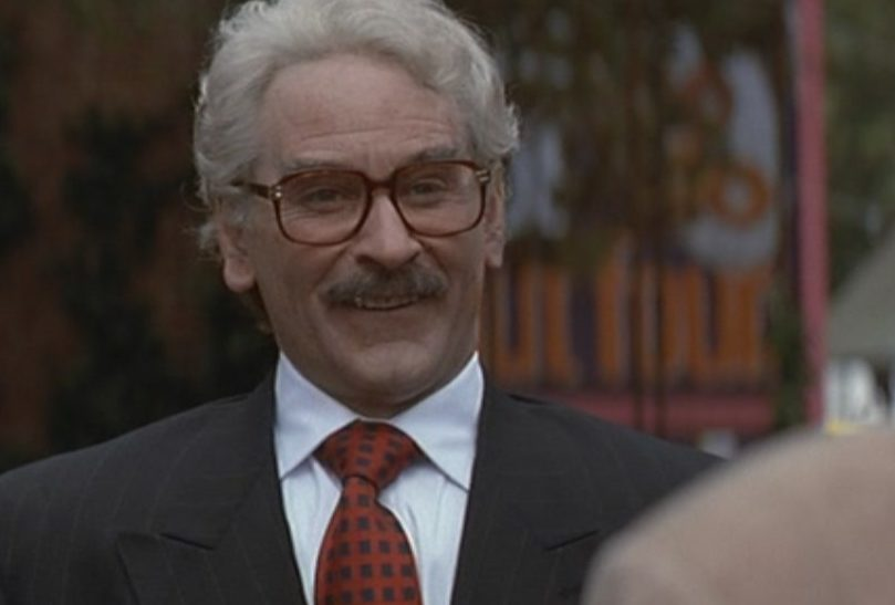 Kevin Kline in Fierce Creatures kevin kline 24539613 1360 768 e1604483468556 20 Things You Never Knew About Kevin Kline