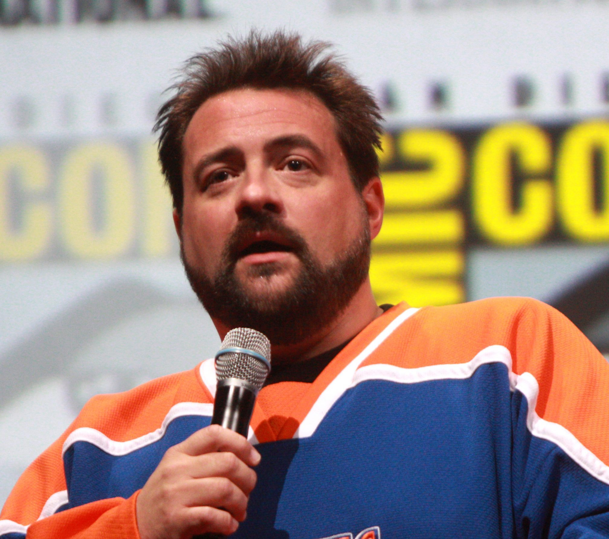 Kevin Smith by Gage Skidmore scaled e1616590830985 20 Actors And Directors Who Refused To Work With Each Other Ever Again