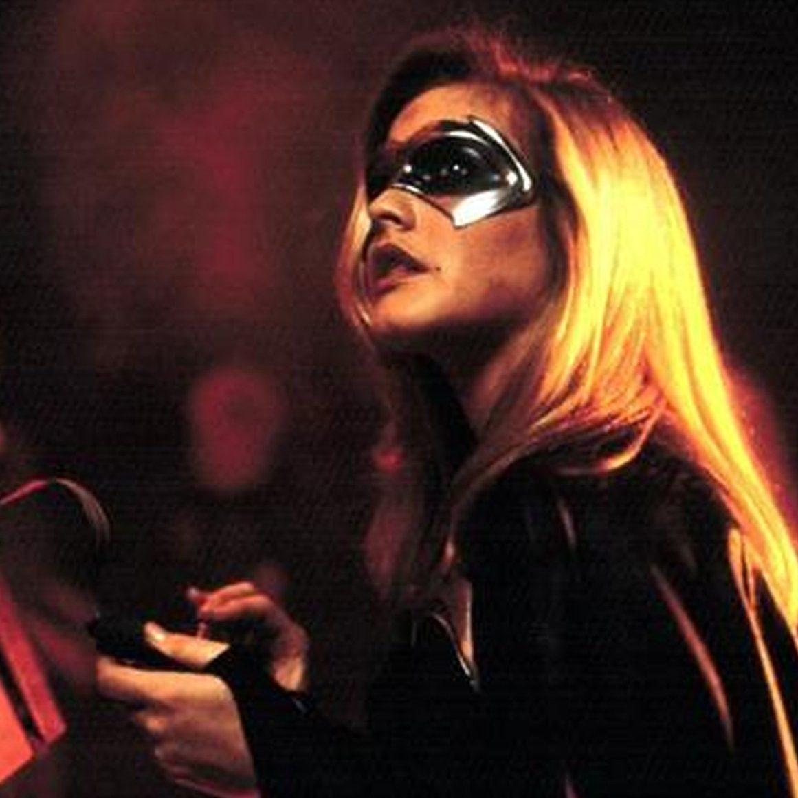 MV5BZWIxZWYzMjItYjYxNi00NGE1LWEwNzQtYjcwYmIwNDQ2NDA5XkEyXkFqcGdeQXVyNjA4NTIyOTE@. V1 e1602752463615 20 Things You Might Not Have Realised About The 1997 Film Batman & Robin