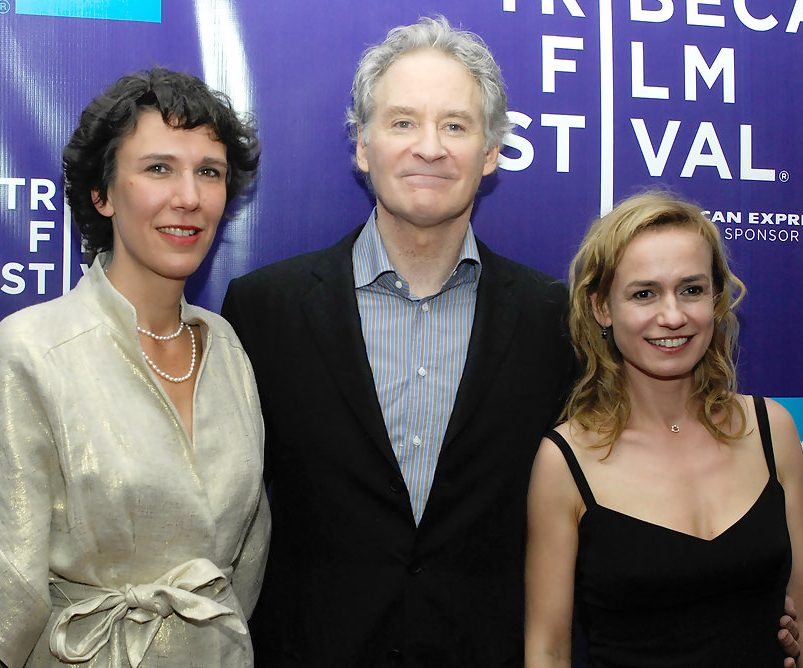 PremiereQueenPlay2009TribecaFilmFestivallFIhzly4GQTx e1604492576439 20 Things You Never Knew About Kevin Kline