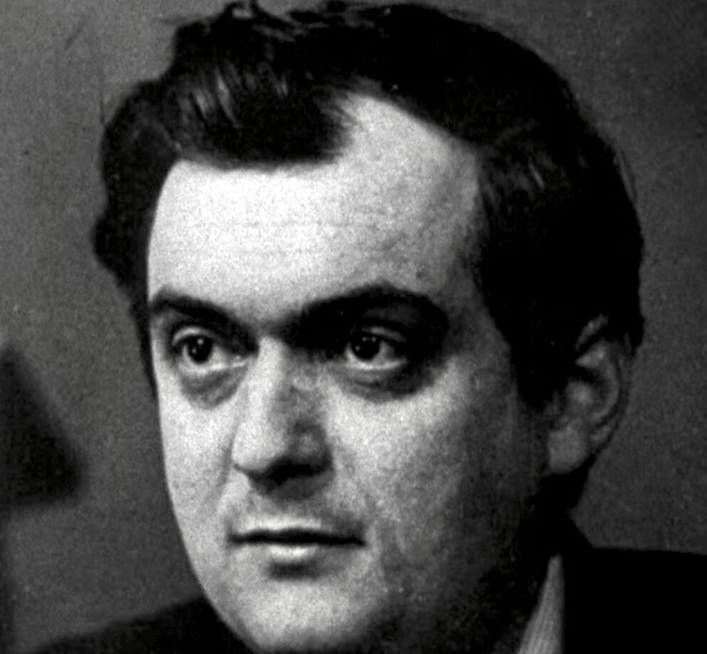 Stanley Kubrick in Dr. Strangelove Trailer 4 Cropped e1616598036965 20 Actors And Directors Who Refused To Work With Each Other Ever Again