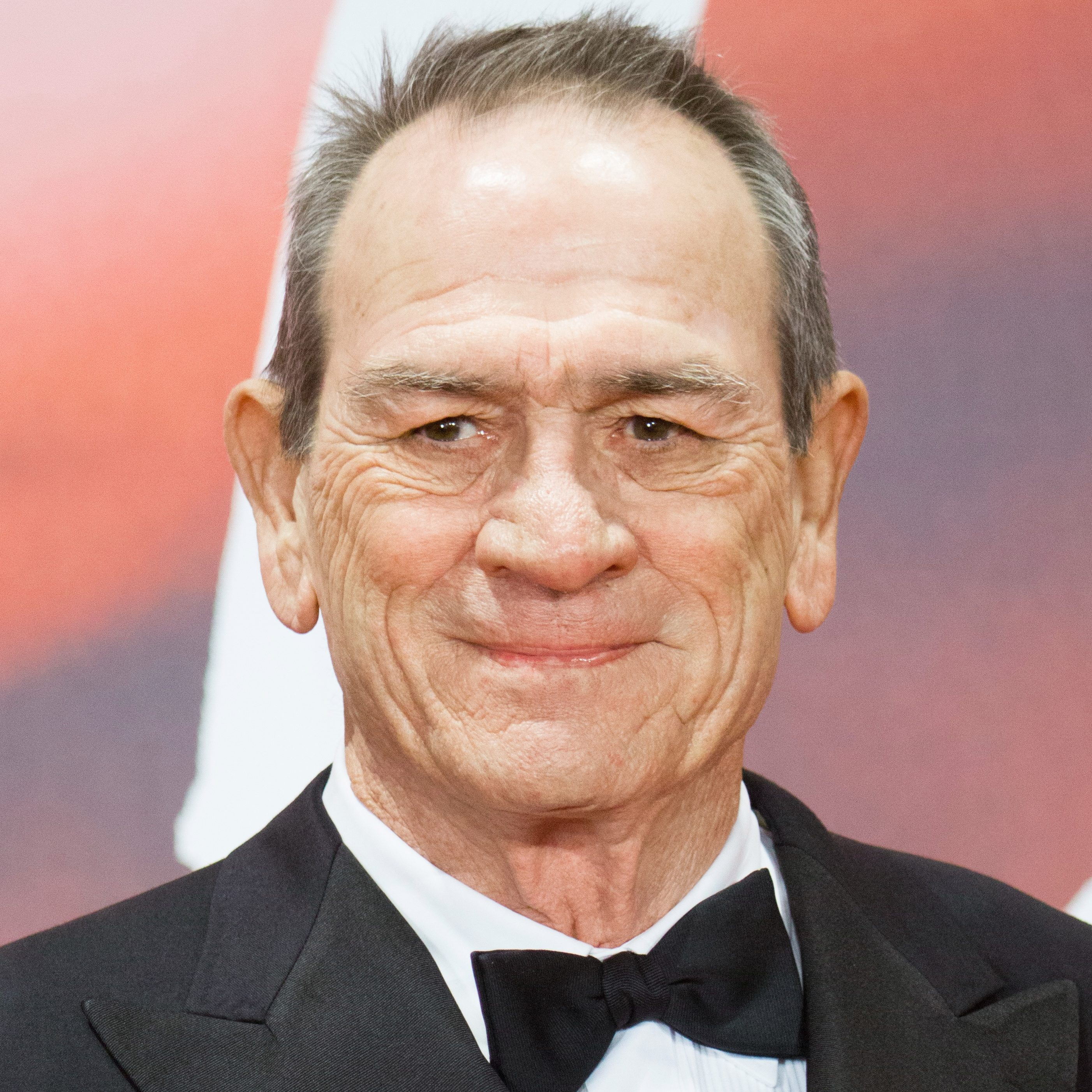 Tommy Lee Jones 2017 scaled e1602151287703 20 Things You Never Knew About Tommy Lee Jones