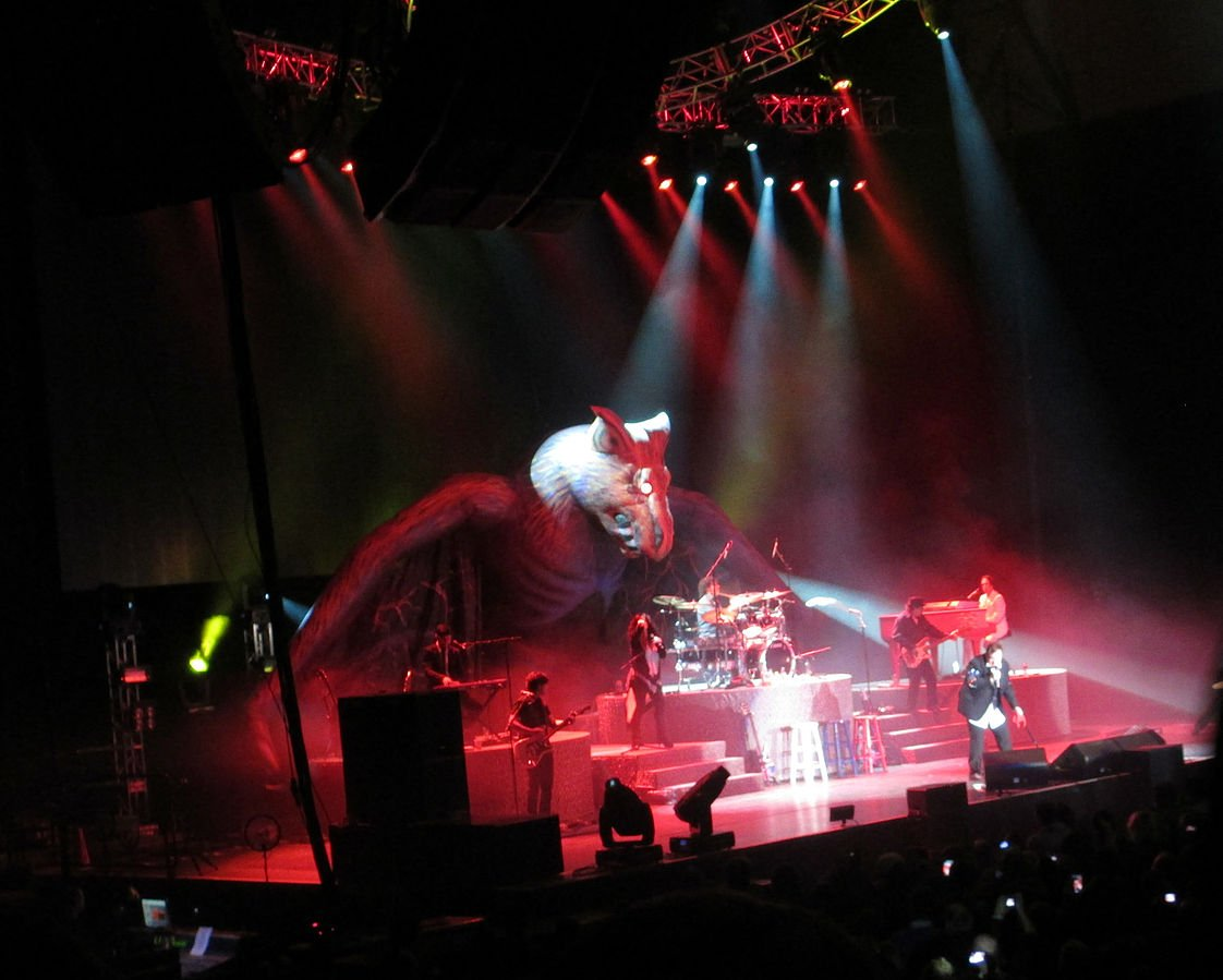 TubularWorld CC BY SA 3.0 20 Things You Never Knew About Meat Loaf