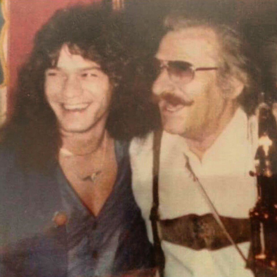 a636d526e39b74e3db4bee19e29cdb72 20 Things You Might Not Have Known About The Late, Great Eddie Van Halen