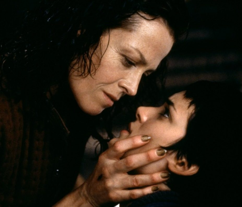 alien resurrection ripley call e1609841379368 20 Things You Probably Didn't Know About Sigourney Weaver