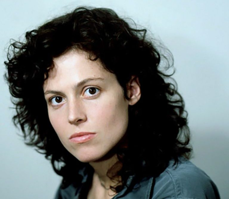 c32718bbc7dc3078c9d108910483643c e1609765603910 20 Things You Probably Didn't Know About Sigourney Weaver