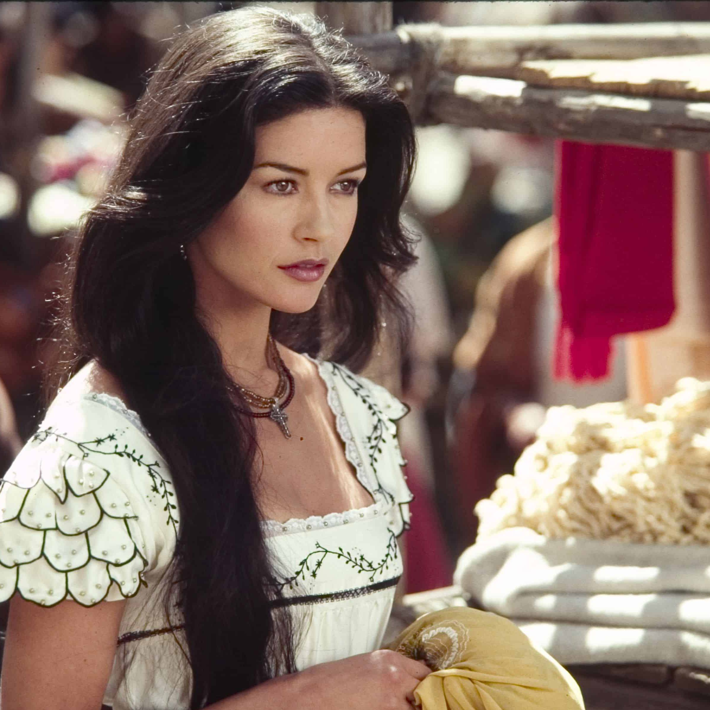 cz 3 20 Things You Never Knew About Catherine Zeta-Jones