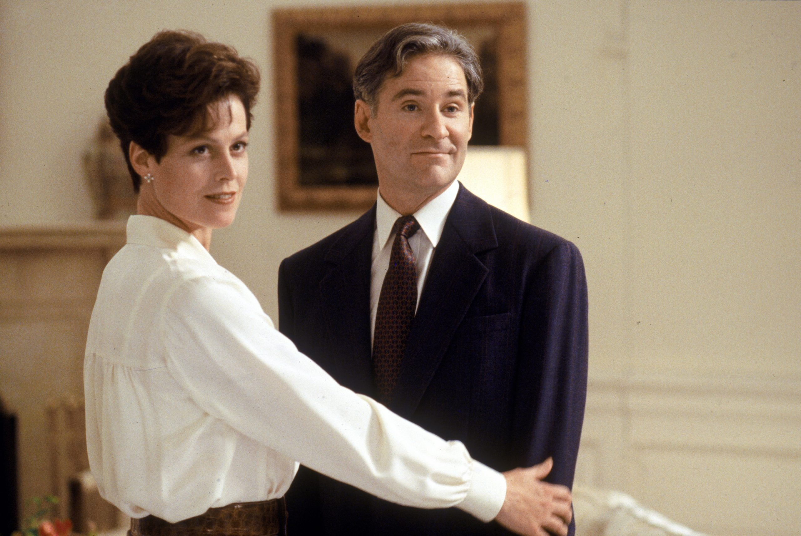 dave sigourney weaver kevin kline scaled 1 20 Things You Never Knew About Kevin Kline