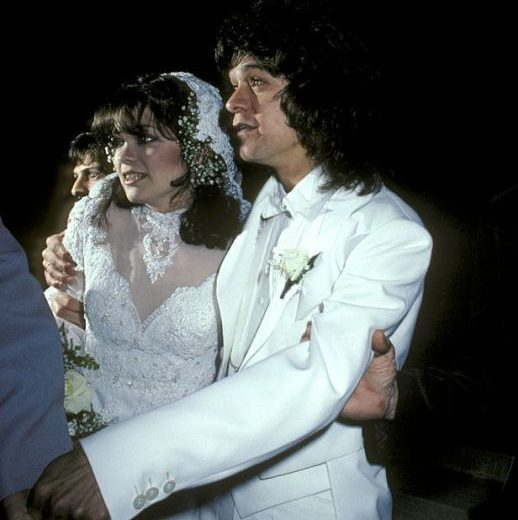 gallery 1498761339 valerie bertinelli van halen wedding e1602500629866 20 Things You Might Not Have Known About The Late, Great Eddie Van Halen