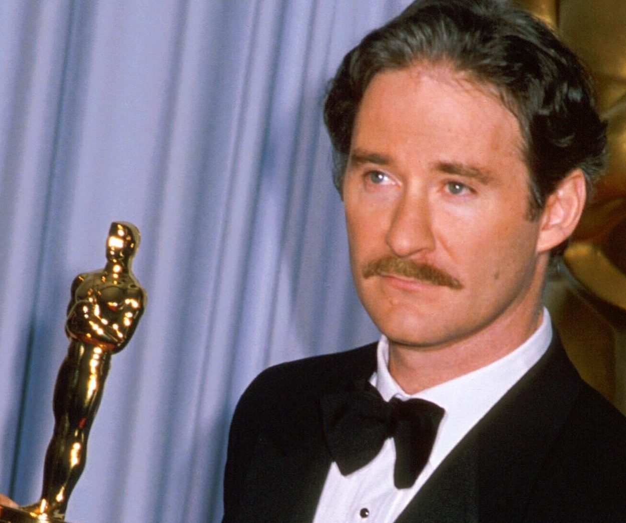 image 16 e1604492661260 20 Things You Never Knew About Kevin Kline
