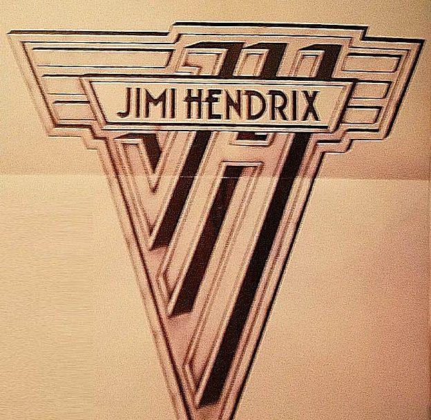 jcrWhwK e1604666011352 20 Facts About Rock Legends Van Halen That Will Make You Jump