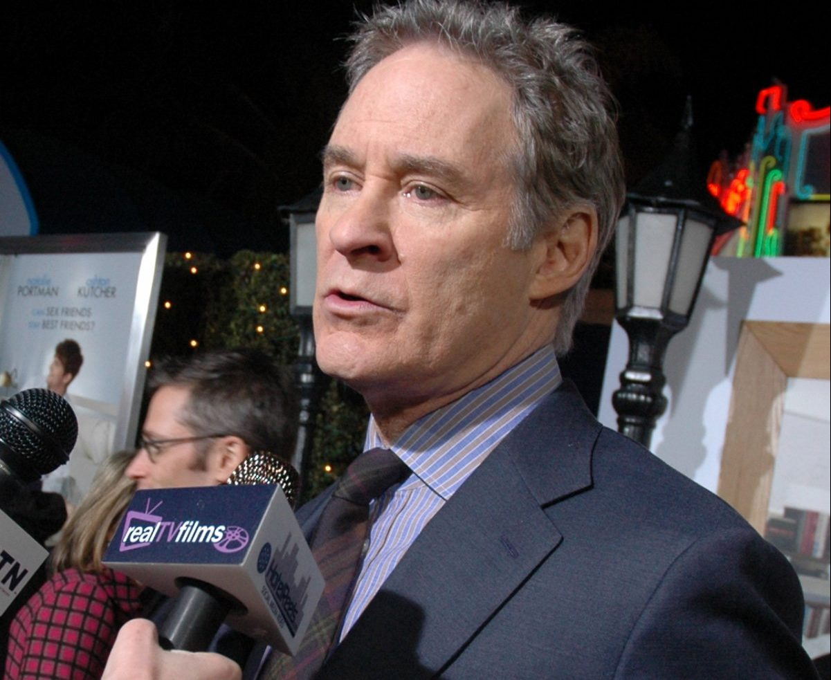 kevin kline 0 e1604495596100 20 Things You Never Knew About Kevin Kline