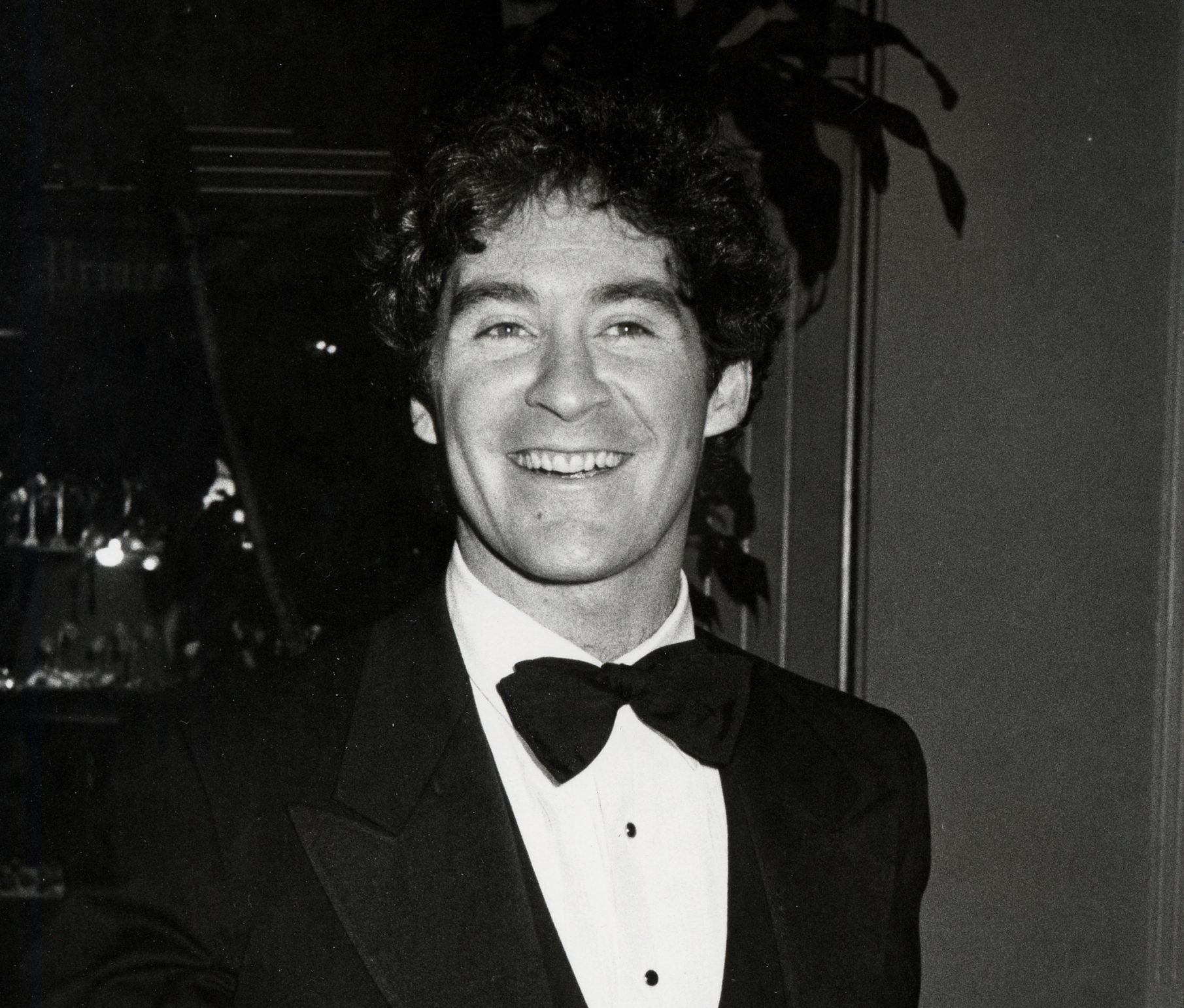 rs 183145 105859009 scaled e1604417938632 20 Things You Never Knew About Kevin Kline