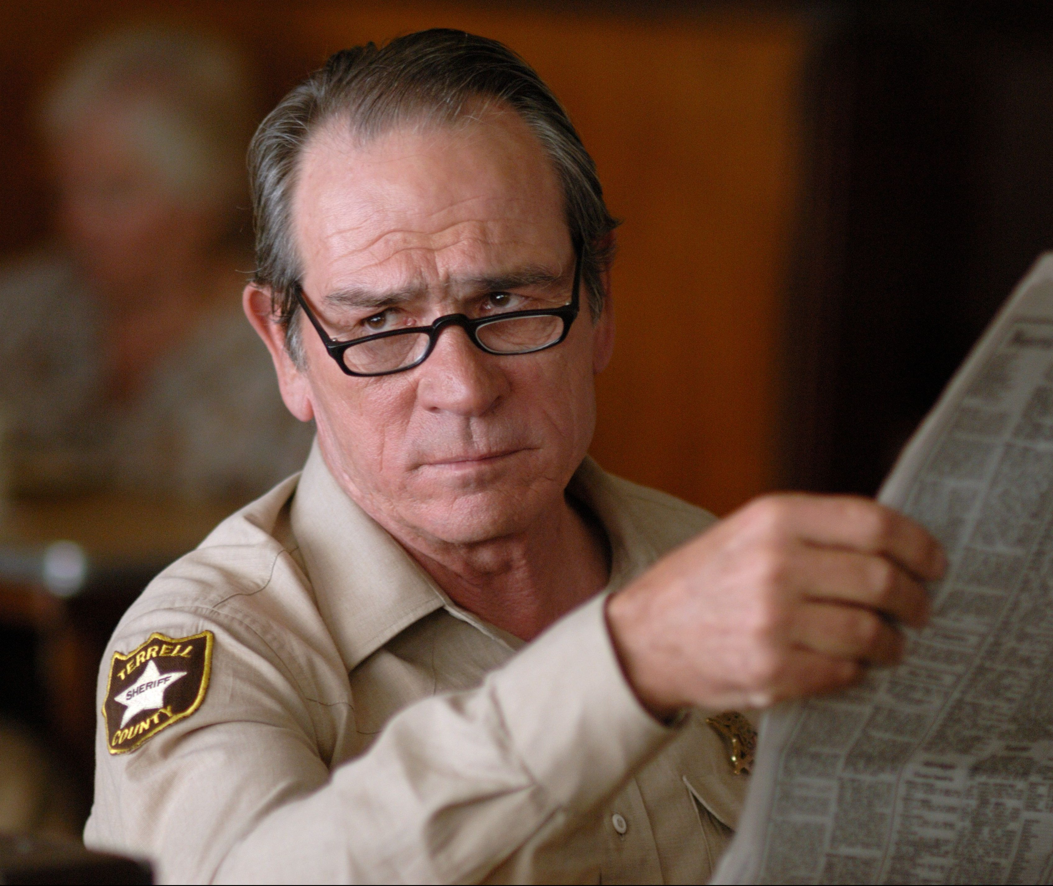 tl 1 scaled e1601648576196 20 Things You Never Knew About Tommy Lee Jones