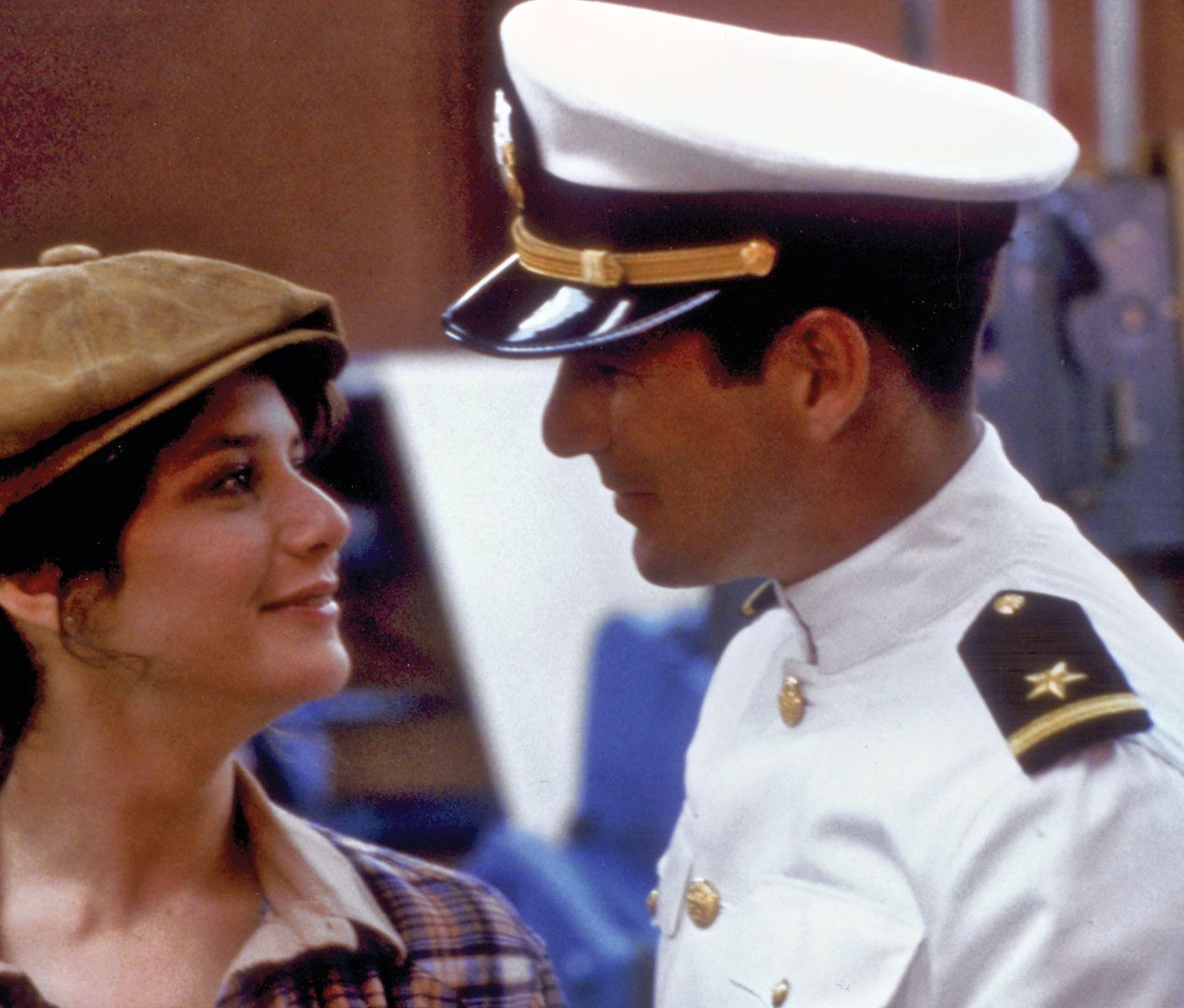 11111111 e1605274077202 30 Things You Never Knew About Debra Winger
