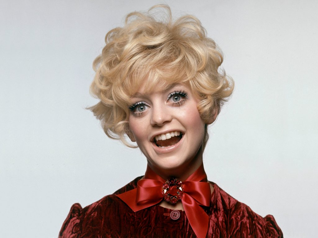 5910d50f9df62d5d384ec1a3 GettyImages 502084902 10 Things You Never Knew About Goldie Hawn