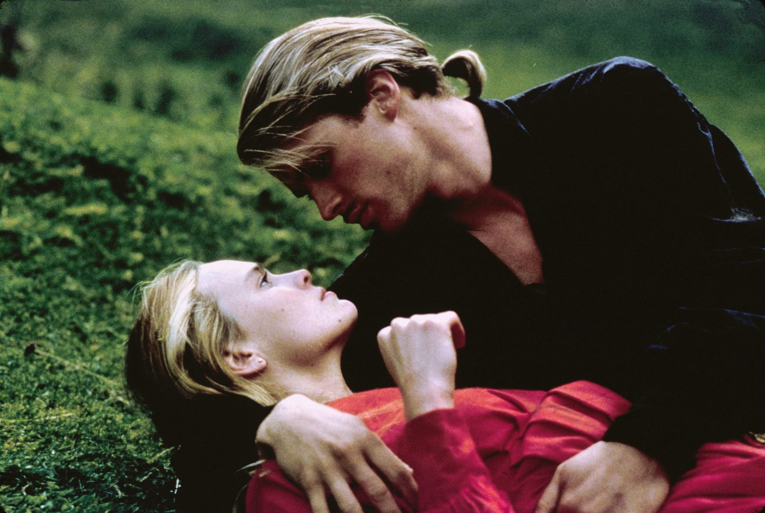 68056d33 0a1d 4962 814a 787a88a14b2c XXX PRINCESS BRIDE MOV jy 1715 scaled 10 Things You Never Knew About Cary Elwes
