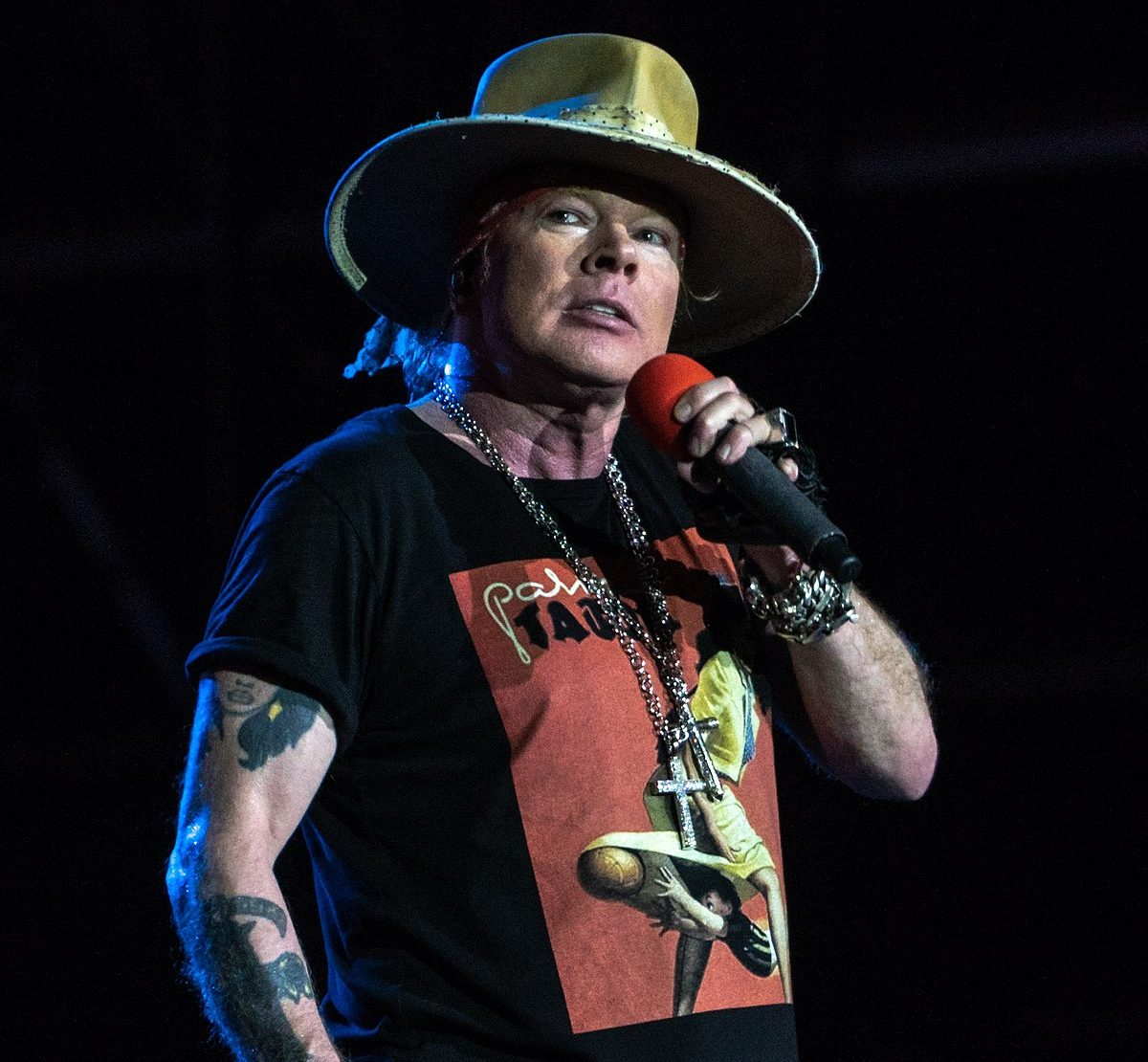 69 e1604329265386 20 Things You Never Knew About Guns N' Roses
