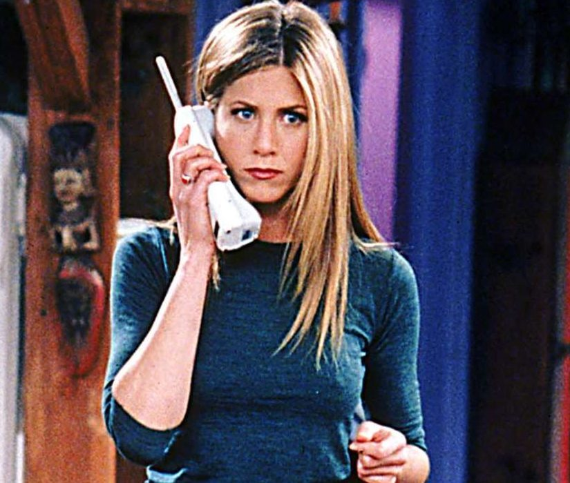 918239 jenniferaniston friendsreunion e1616584457411 21 90s TV Actresses We All Had A Crush On When We Were Younger