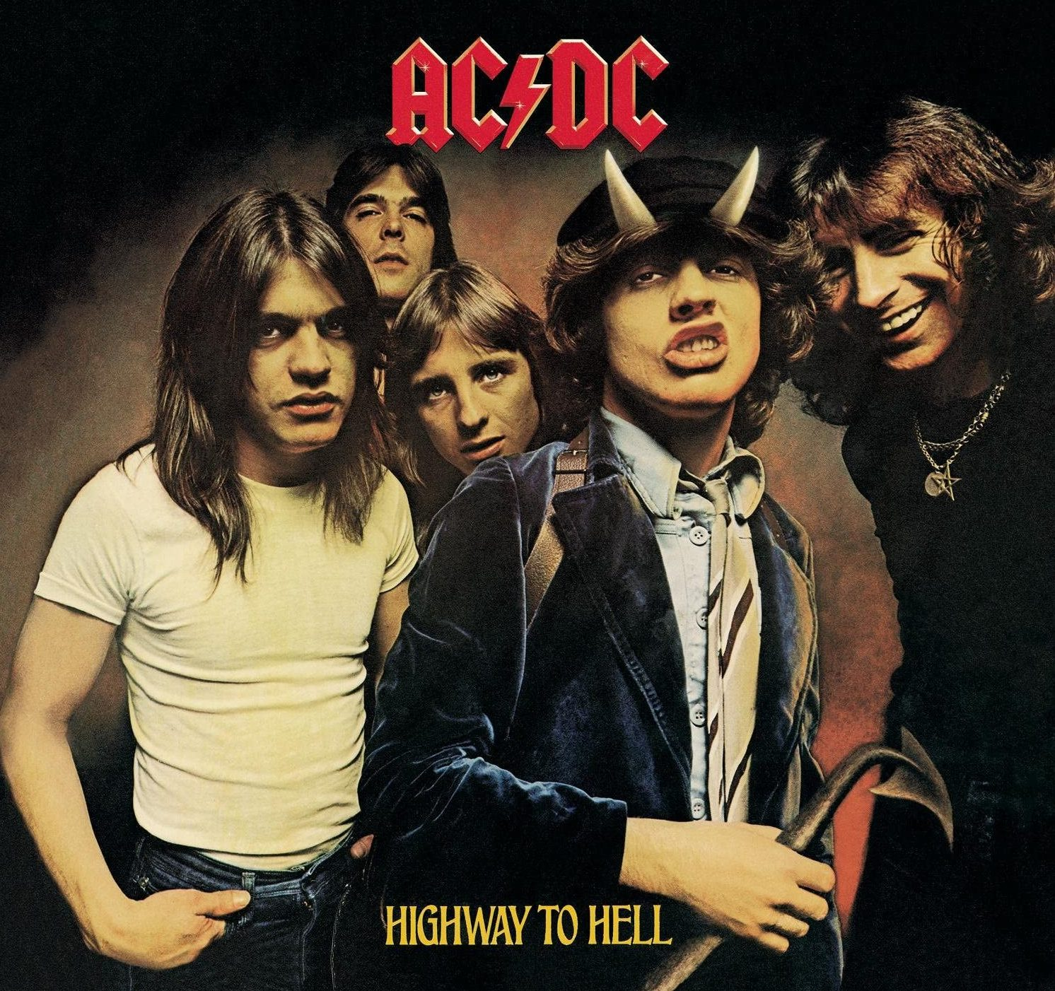 91NuHgWC6cL. AC SL1500 e1616595750238 20 Things You Never Knew About AC/DC