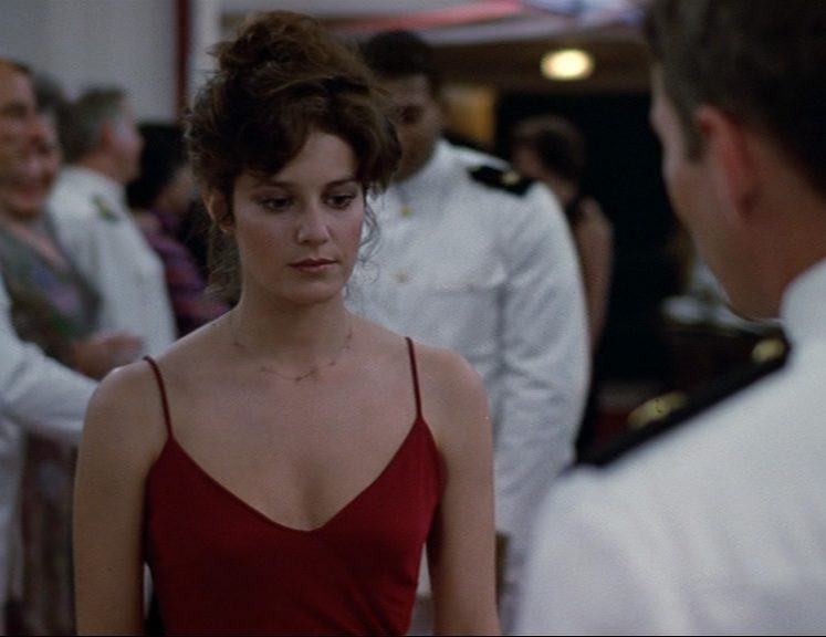 An Officer and a Gentleman 0169 e1605711981497 30 Things You Never Knew About Debra Winger