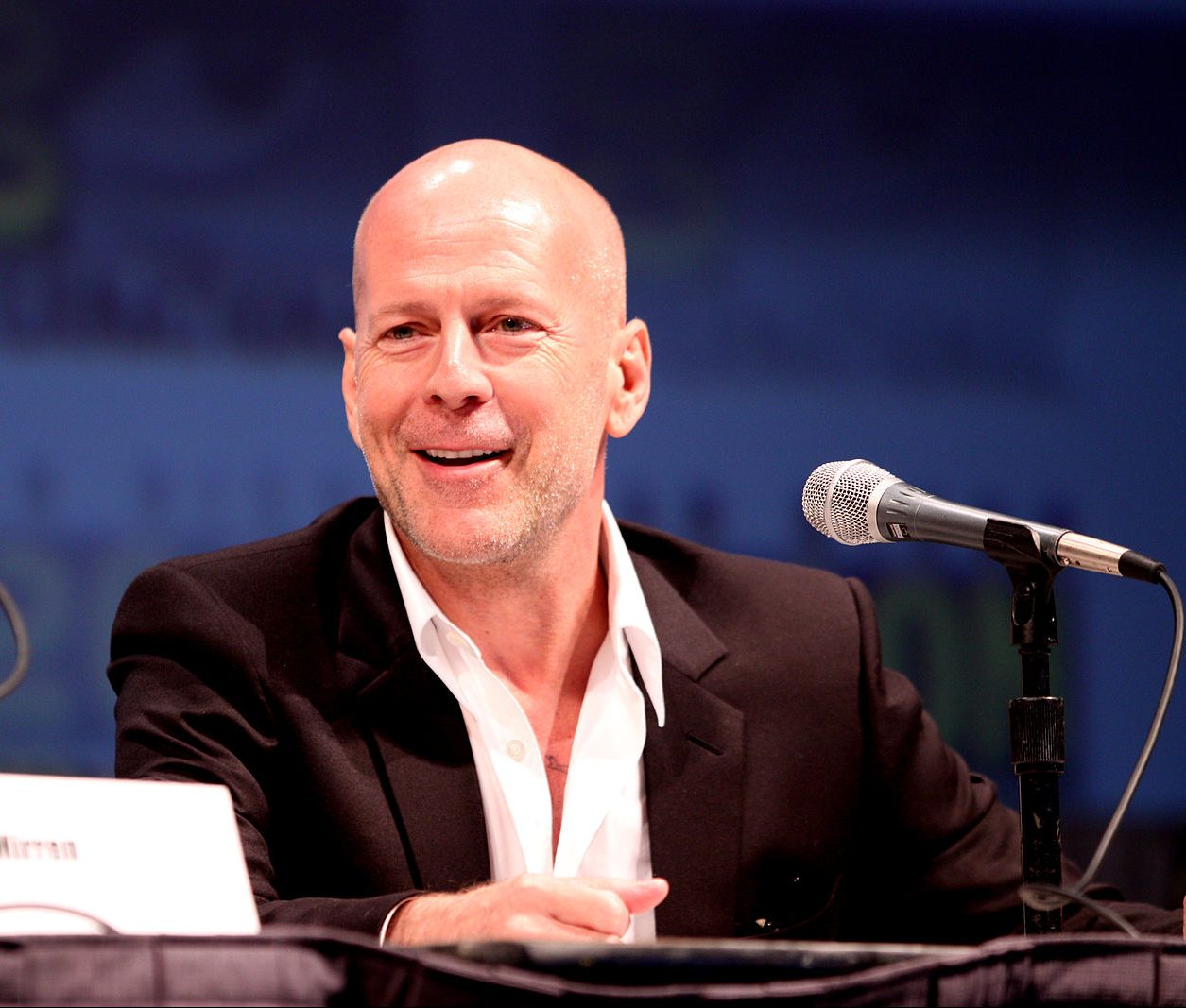 Bruce Willis 4839960533 e1616755273771 20 Things You Never Knew About Bruce Willis
