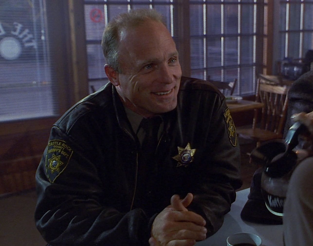 DkNg7 bU0AE6zZP e1607084917631 20 Things You Never Knew About Ed Harris