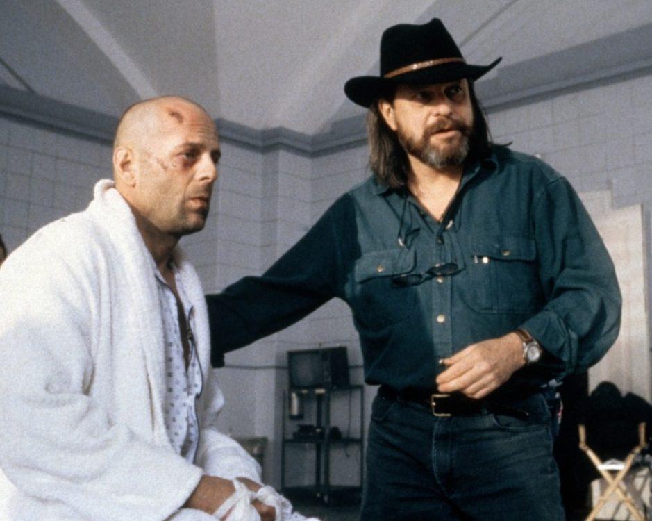 MV5BMDdmYjYyYzItYTg2Ni00OTEwLTk3ZDgtOTllOWYyM2UyNDY1XkEyXkFqcGdeQXVyMjM0ODM0NDk@. V1 e1607358099511 20 Things You Never Knew About Bruce Willis