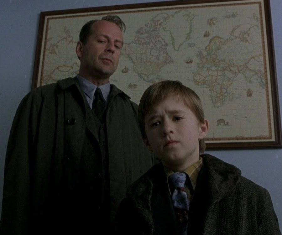 The Sixth Sense 1 e1607344561118 20 Things You Never Knew About Bruce Willis