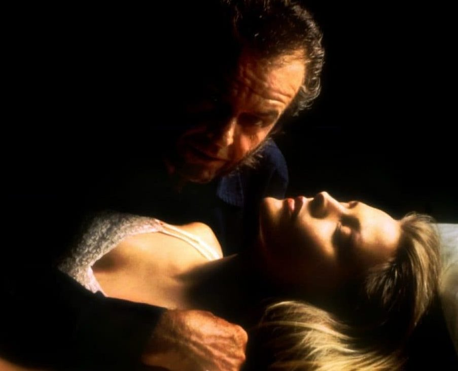 Wolf 1994 5 e1605714143861 10 Hair-Raising Facts About Jack Nicholson And Michelle Pfeiffer's 1994 Horror Movie Wolf